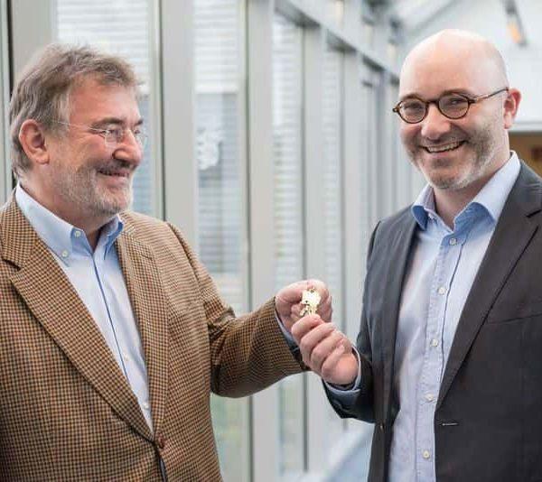 LIS AG läutet Generationenwechsel an Unternehmensspitze ein